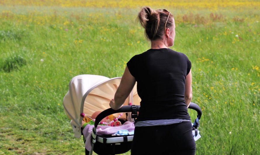 Как женщине воспитывать детей после развода?